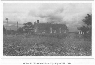 Milford-On-Sea Primary School c 1930 | Courtesy of MOSHRS