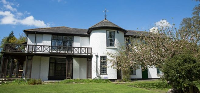 Tweed Villa Boldre | Photograph in the public domain