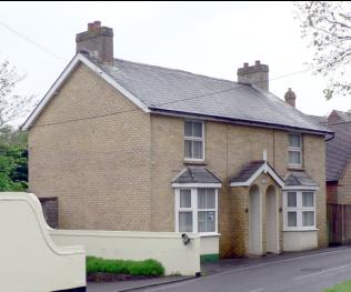 Yellow bricks in Hillside Cottages, Barnes Lane | Courtesy of MOSHRS