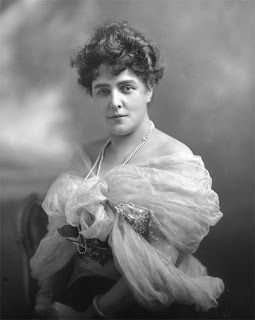 Lady Randolph Churchill | Photograph in the public domain
